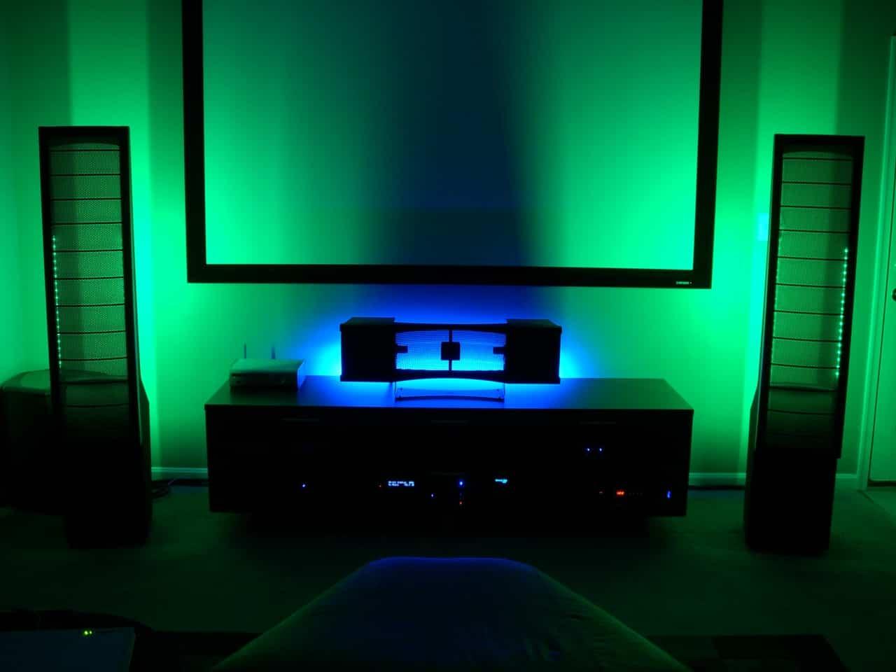 Подсветка стен в квартире
